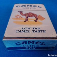 Paquetes de tabaco: CAJETILLA DE CIGARRILLOS DE TABACO CAMEL LIGHTS - PAQUETE VACIO - AÑOS 80. Lote 218833838