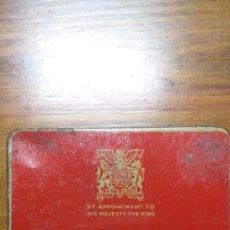 Paquetes de tabaco: CAJA METÁLICA DE CIGARRILLOS BENSON AND HEDGES. 8,5 X 7,5CMT.. Lote 226626175