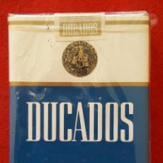 Paquetes de tabaco: PAQUETE DE TABACO BLANDO DE DUCADOS CON FILTRO SIN ADVERTENCIA SANITARIA AÑOS 70. Lote 244022645