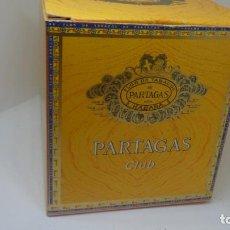 Paquetes de tabaco: ANTIGUA CAJA CARTON DE TABACO DE PARTAGAS CLULB .. Lote 265913448