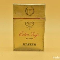 Maços de tabaco: ANTIGUO PAQUETE DE TABACO LLENO DE LA MARCA KAISER. Lote 275907163