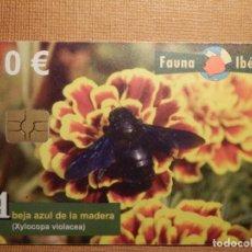 Cartes Téléphoniques de collection: TARJETA TELEFÓNICA USADA - FAUNA IBÉRICA - ABEJA AZUL DE LA MADERA 0110 - AÑO 2010 - TIRADA 500.010. Lote 78781645