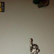 Tarjetas telefónicas de colección: CAJ-B97KJ PIN PINS RETRO ANTIGUO MAYOR STEVE CLARK . Lote 100767387