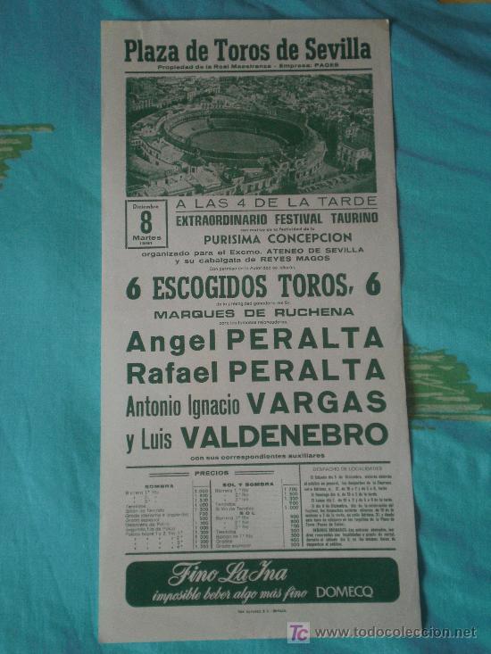 SEVILLA. CARTEL DE TOROS. PLAZA TOROS DE SEVILLA. ANGEL Y RAFAEL PERALTA, VARGAS, VALDENEBRO. 1981. (Coleccionismo - Tauromaquia)