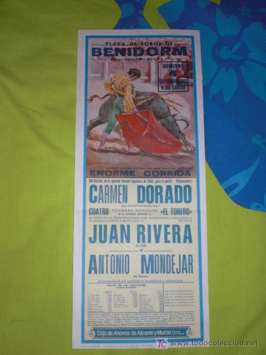 ALICANTE. CARTEL DE TOROS. PLAZA DE TOROS DE BENIDORM. DORADO, RIVERA, MONDEJAR. 1983. (Coleccionismo - Tauromaquia)