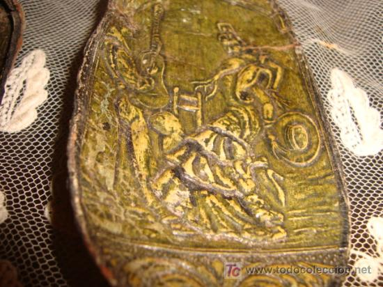 Tauromaquia: 3 preciosas orejas de toro, con motivos taurinos y flamencos repujados, y perfilados, tarsidermistas - Foto 4 - 26154085