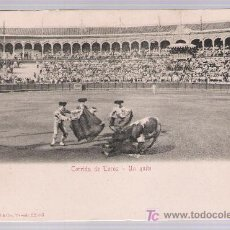 Tauromaquia: POSTAL. CORRIDA DE TOROS.- UN QUITE. STENGEL & CO., 1904.. Lote 16823163