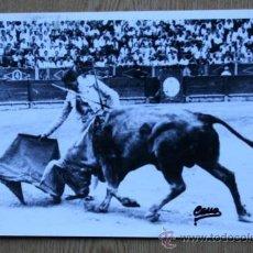 Tauromaquia: REPRODUCCIÓN DE LA FOTOGRAFÍA DE LA COGIDA DE MANOLETE POR EL TORO DE CURRO CHICA EN ALICANTE.. Lote 22805437