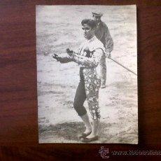 Tauromaquia: FOTOGRAFIA TORERO BERNADO 13X18-FOTOS URQUIZU-FOTOGRAFO TAURINO -BARCELONA. Lote 30022424