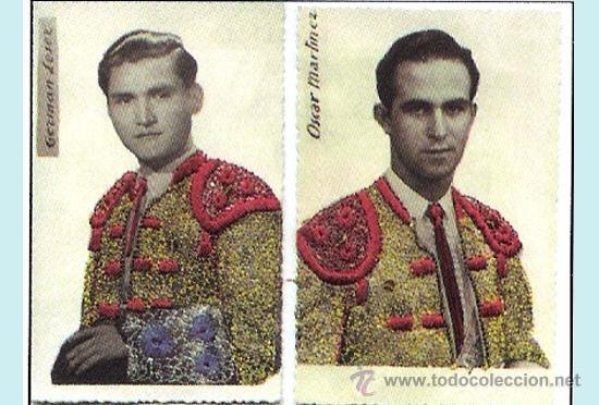 1950.- PAR DE T.POSTALES DE TOREROS EN RELIEVE CON TALEGUILLAS BORDADOS EN GRANATE Y ORO.RARAS. (Coleccionismo - Tauromaquia)