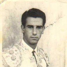 Tauromaquia: TOROS. TORERO: LUIS SEGURA. 9X14 CM. CA. 1960. FOT: MARIN. Lote 31628706