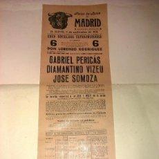 Tauromaquia: CARTEL DE TOROS. PLAZA DE MADRID. 1946. GABRIEL PERICAS, DIAMANTINO VIZEU, JOSE SOMOZA. . Lote 34034116