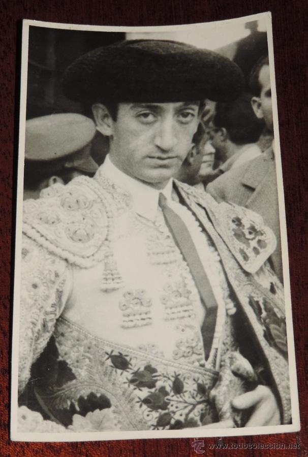 FOTOGRAFIA ORIGINAL DE MANOLETE, MANUEL RODRIGUEZ , TOROS , FOTO GONSANHI, MIDE 13,5 X 8,5 CMS. (Coleccionismo - Tauromaquia)