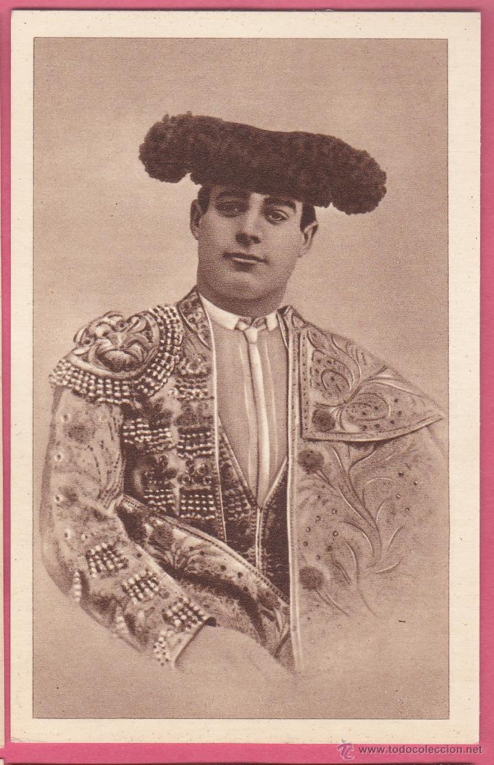 RAFAEL MOLINA MARTÍNEZ, LAGARTIJO CHICO. ALBUM BIOGRAFICO TAURINO EDI. LARRISAL. CURRO MELOJA 1945. (Coleccionismo - Tauromaquia)