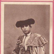 Tauromaquia: RAFAEL GUERRA, GUERRITA. ALBUM BIOGRAFICO TAURINO. EDICIONES LARRISAL. CURRO MELOJA 1945.. Lote 43661951