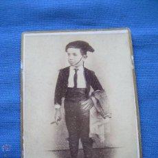 Tauromaquia: ANTIGUA FOTOGRAFIA DE NIÑO VESTIDO DE TORERO - SIGLO IXX - LA DE LA FOTO. Lote 49380873