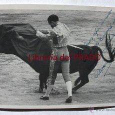 Tauromaquia: JOSÉ LUIS ÁLVAREZ PELAYO - TARJETA POSTAL FOTOGRÁFICA CON AUTÓGRAFO FOTO ORTIZ MADRID TOROS GRANADA. Lote 52705635