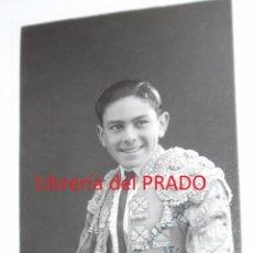 Tauromachia: PABLO LALANDA - TARJETA POSTAL FOTOGRÁFICA CON AUTÓGRAFO - MADRID FOTO ORTIZ 1943 - TOROS. Lote 52741380