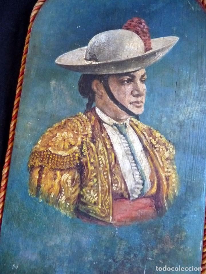 MARAVILLOSA PINTURA SOBRE PALETA DE MADERA PICADOR TOROS SIGLO XIX (Coleccionismo - Tauromaquia)