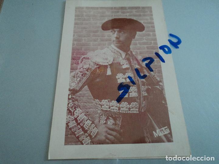 FELICITACION EN DIPTICO DEL TORERO LUIS SEGURA Y SU APODERADO ROBERTO LIBORIO 1959 17 X 12 CM (Coleccionismo - Tauromaquia)