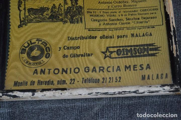 Tauromaquia: VINTAGE Y ANTIGUO - ANTIGUO CARTEL TAURINO ENMARCADO - FERIA DE MÁLAGA DE 1968 - EN SEDA - HAZ OFERT - Foto 5 - 112335655