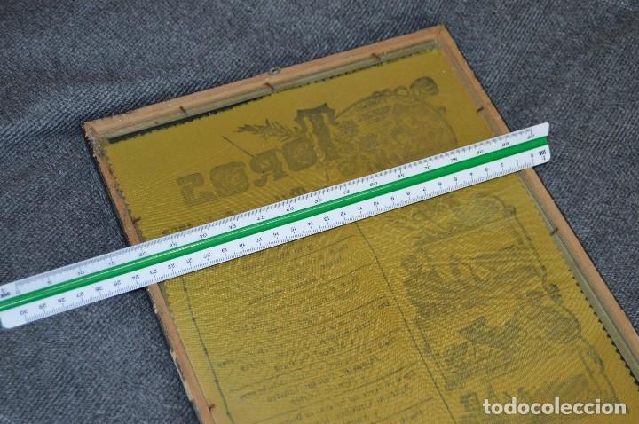 Tauromaquia: VINTAGE Y ANTIGUO - ANTIGUO CARTEL TAURINO ENMARCADO - FERIA DE MÁLAGA DE 1968 - EN SEDA - HAZ OFERT - Foto 13 - 112335655