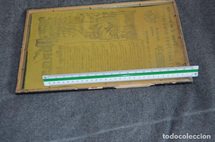 Tauromaquia: VINTAGE Y ANTIGUO - ANTIGUO CARTEL TAURINO ENMARCADO - FERIA DE MÁLAGA DE 1968 - EN SEDA - HAZ OFERT - Foto 14 - 112335655