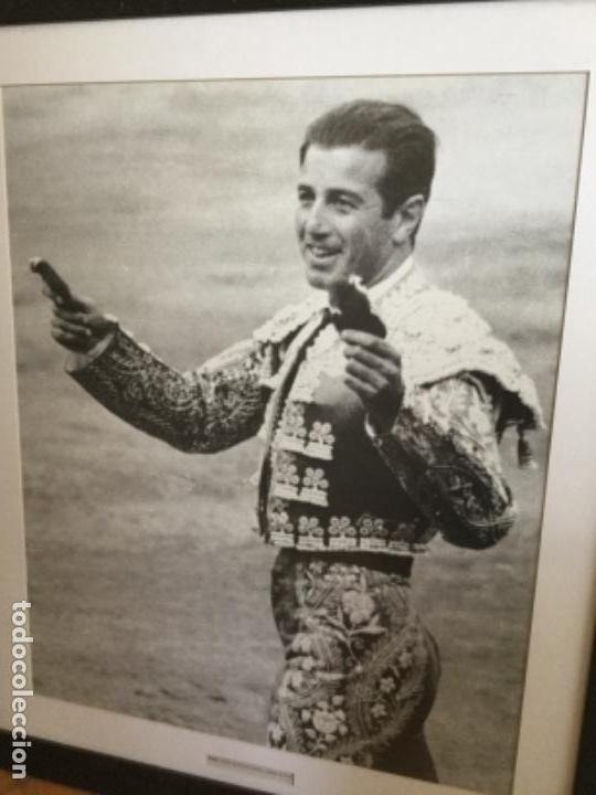 Tauromaquia: Enorme Fotografía de Botán. Triunfo de Antonio Ordoñez Madrid 30 de Mayo de 1965 - Foto 2 - 122955171