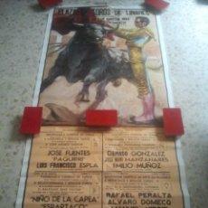 Tauromaquia: LINARES (JAÉN) MONUMENTAL CARTEL DE TOROS - FERIA DE SAN AGUSTÍN, 1982 - 180 X 78 CMS - PAQUIRRI .... Lote 126647995