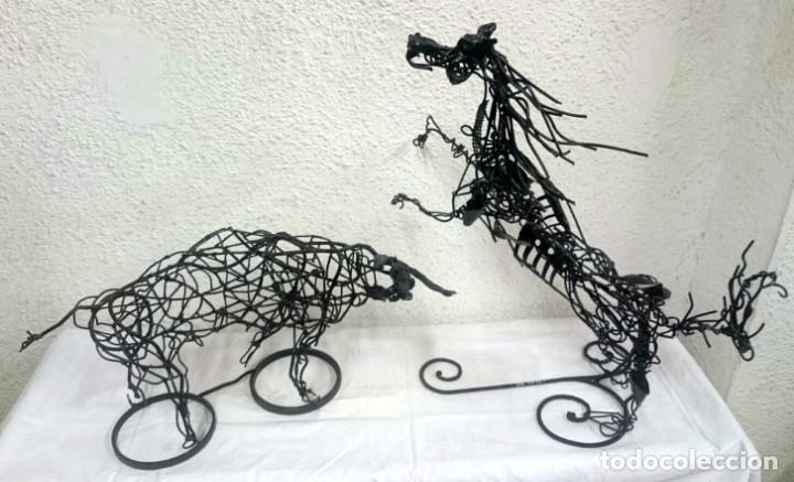 Tauromaquia: Espectacular escultura de hierro, toro bravo. Escultor Boni Guarjol, escultor Aragonés. 60x35x30cm - Foto 4 - 125096691