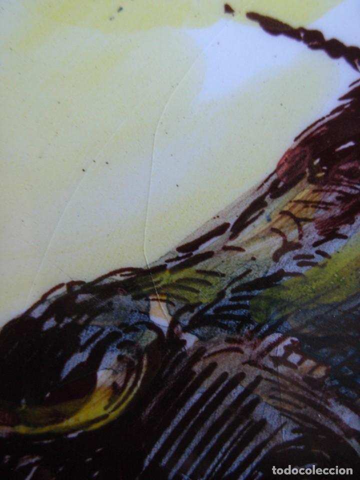 Tauromaquia: 2 platos de cerámica platart pintados a mano con escenas taurinas - Foto 7 - 139759342