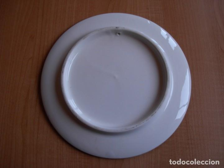 Tauromaquia: 2 platos de cerámica platart pintados a mano con escenas taurinas - Foto 9 - 139759342
