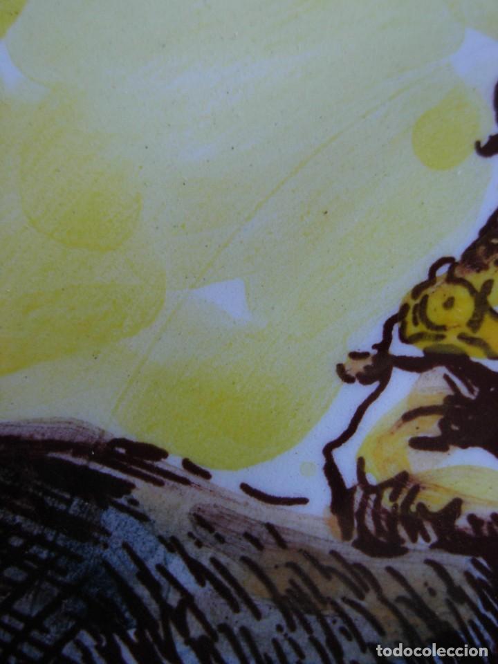 Tauromaquia: 2 platos de cerámica platart pintados a mano con escenas taurinas - Foto 14 - 139759342
