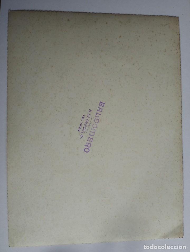 Tauromaquia: 1941 Albacete. Fotografía torero dedicada y firmada. Fotógrafo Baldomero. 18x24 cm - Foto 4 - 140744682