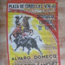 Tauromaquia: CARTEL DE TOROS EN TELA PLAZA LAS VENTAS ( MADRID ): ALVARO DOMECQ, ANDRES VAZQUEZ, ETC . AÑOS 60. Lote 149351630