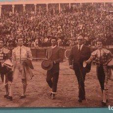 Tauromaquia: ANTIGUA FOTOGRAFIA.TOREROS.CURRO ROMERO.1965?. Lote 151335158