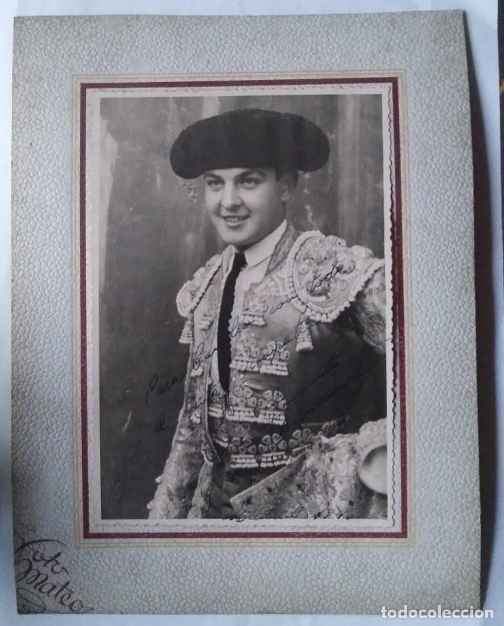 Tauromaquia: 1946 Juanito Bienvenida. Foto dedicada y firmada por el torero en 1946 - Foto 2 - 140745866