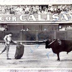 Tauromaquia: FG- 461. TORERO JOAQUÍN BERNADÓ. BERTOMEU. FOTOGRAFIA DEDICADA. FOTO MATEO. JUNIO 1954,. Lote 159794110