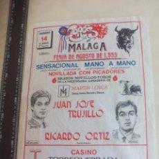 Tauromaquia: PAÑUELO DE TOROS, CARTEL TAURINO 1993 MÁLAGA FERIA AGOSTO JUAN JOSE TRUJILLO, RICARDO ORTIZ. Lote 165290998