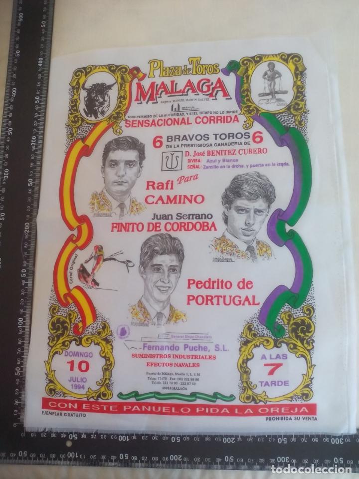 PAÑUELO DE TOROS, CARTEL TAURINO 1994 MÁLAGA RAFI CAMINO, FINITO DE CORDOBA, PEDRITO DE PORTUGAL (Coleccionismo - Tauromaquia)