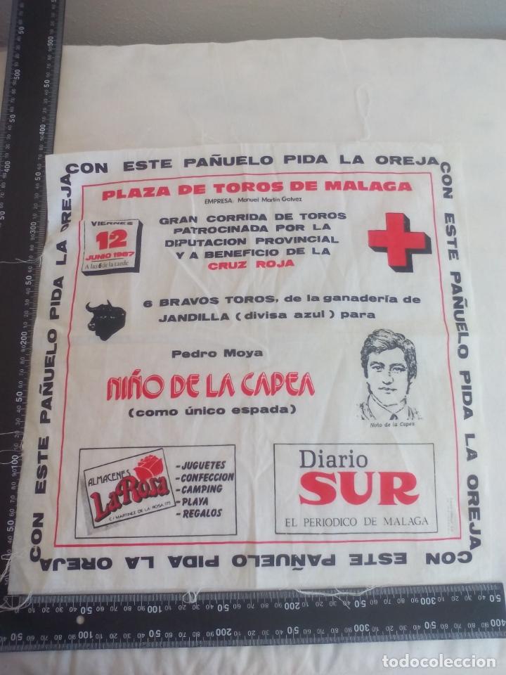 PAÑUELO DE TOROS, CARTEL TAURINO 1987 MÁLAGA NIÑO DE LA CAPEA, CORRIDA A BENEFICIO DE CRUZ ROJA (Coleccionismo - Tauromaquia)