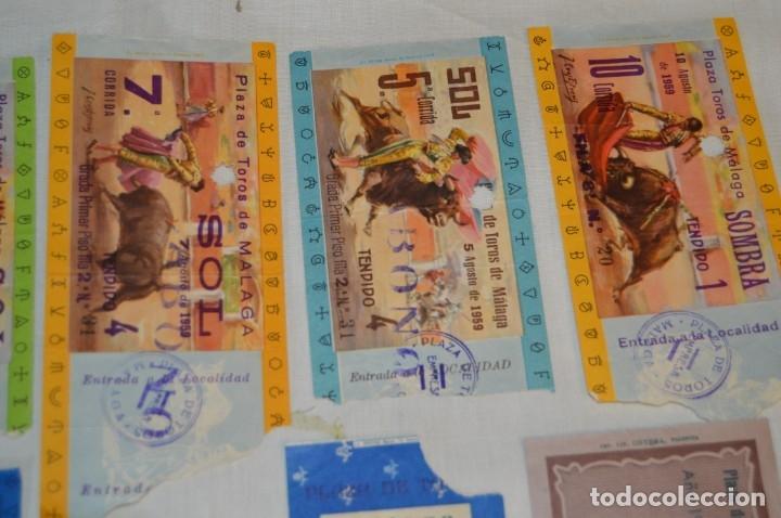 Tauromaquia: Lote de 14 entradas - Plaza de toros de Málaga - Antiguas año 1959 - En reverso publicidad Victoria - Foto 3 - 171452727