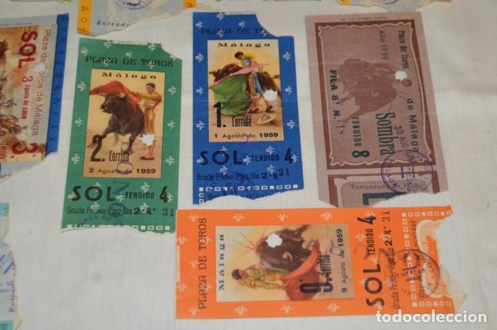 Tauromaquia: Lote de 14 entradas - Plaza de toros de Málaga - Antiguas año 1959 - En reverso publicidad Victoria - Foto 6 - 171452727