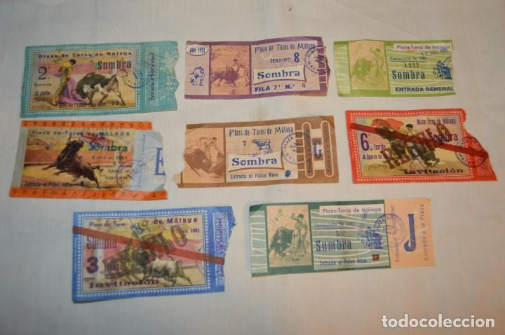 Tauromaquia: Lote de 23 entradas - Plaza toros Málaga - Antiguas año 1960/61/64/66 - Reverso publicidad Victoria - Foto 15 - 171454157