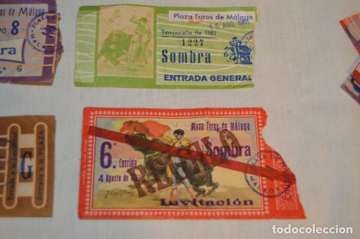Tauromaquia: Lote de 23 entradas - Plaza toros Málaga - Antiguas año 1960/61/64/66 - Reverso publicidad Victoria - Foto 18 - 171454157