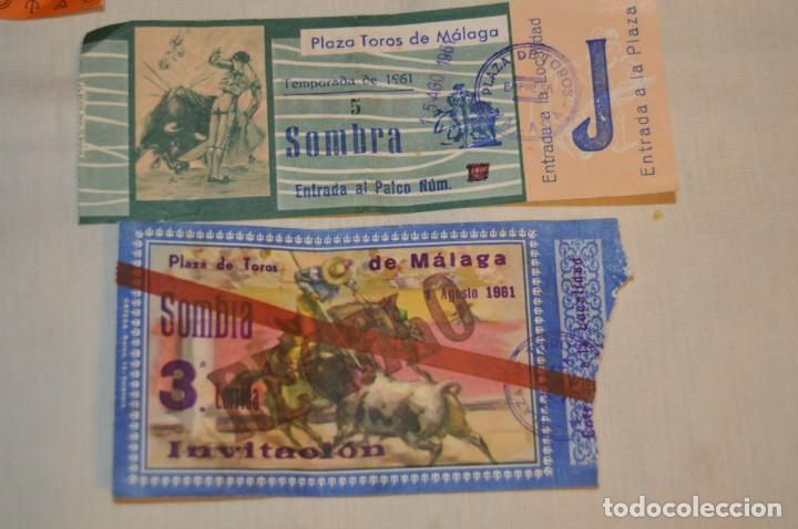 Tauromaquia: Lote de 23 entradas - Plaza toros Málaga - Antiguas año 1960/61/64/66 - Reverso publicidad Victoria - Foto 19 - 171454157