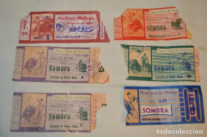 Tauromaquia: Lote de 23 entradas - Plaza toros Málaga - Antiguas año 1960/61/64/66 - Reverso publicidad Victoria - Foto 25 - 171454157