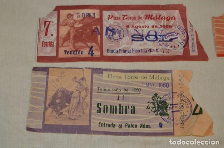 Tauromaquia: Lote de 23 entradas - Plaza toros Málaga - Antiguas año 1960/61/64/66 - Reverso publicidad Victoria - Foto 26 - 171454157