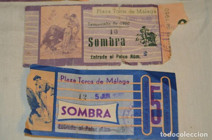 Tauromaquia: Lote de 23 entradas - Plaza toros Málaga - Antiguas año 1960/61/64/66 - Reverso publicidad Victoria - Foto 28 - 171454157