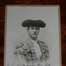 Tauromaquia: ANTIGUA FOTOGRAFIA ALBUMINA DEL TORERO BOMBITA, MANUEL TORRES, CON DEDICATORIA Y FIRMA DE SU PUÑO Y . Lote 183067213